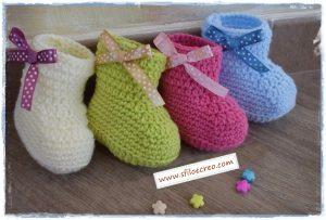 Scarpine di lana modello stivaletti