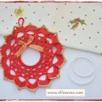 Come fare una ghirlanda natalizia a uncinetto