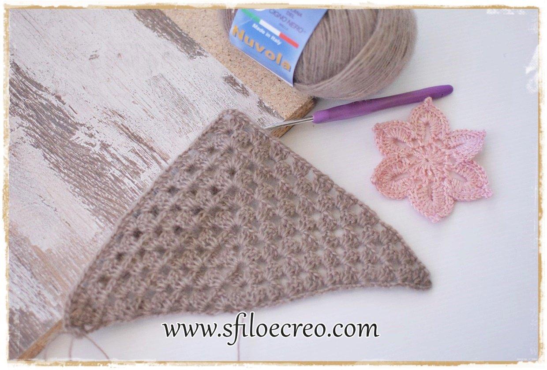 Read more about the article Scialle con motivo granny e fiori