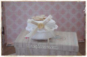 Scatolina portaconfetti con fiore